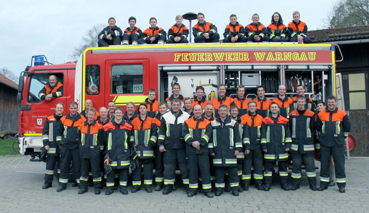Aktive Mannschaft Der Freiwilligen Feuerwehr Warngau